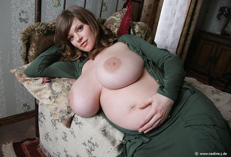 nadine jansen pregnant milk