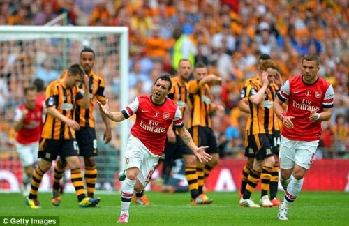 1400345149102 lc galleryImage LONDON ENGLAND MAY 17 San 500x324 [Video] Arsenal 3   2 Hull City [FA Cup] Highlights