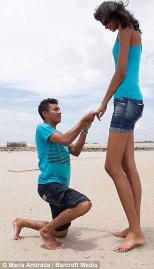 BRAZIL NL2 Hoops! Brazils Tallest Teenager Finally Finds A Husband At 18! [See Photo]