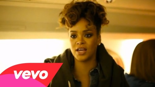 rihannavevo 500x281 Record Breaker!! Rihanna Youtube Page Passes 5 Billion Views!