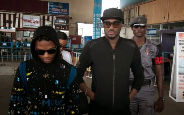 Wizkid and 2face 2face idibia and wizkid land in ghana for their