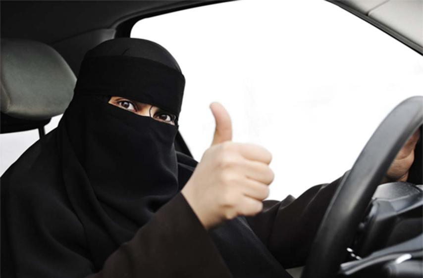 Resultado de imagen para arabia women driving
