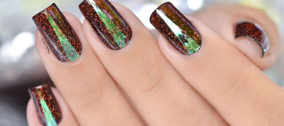 NAIL ART TRIANGLE HOLOGRAME 2