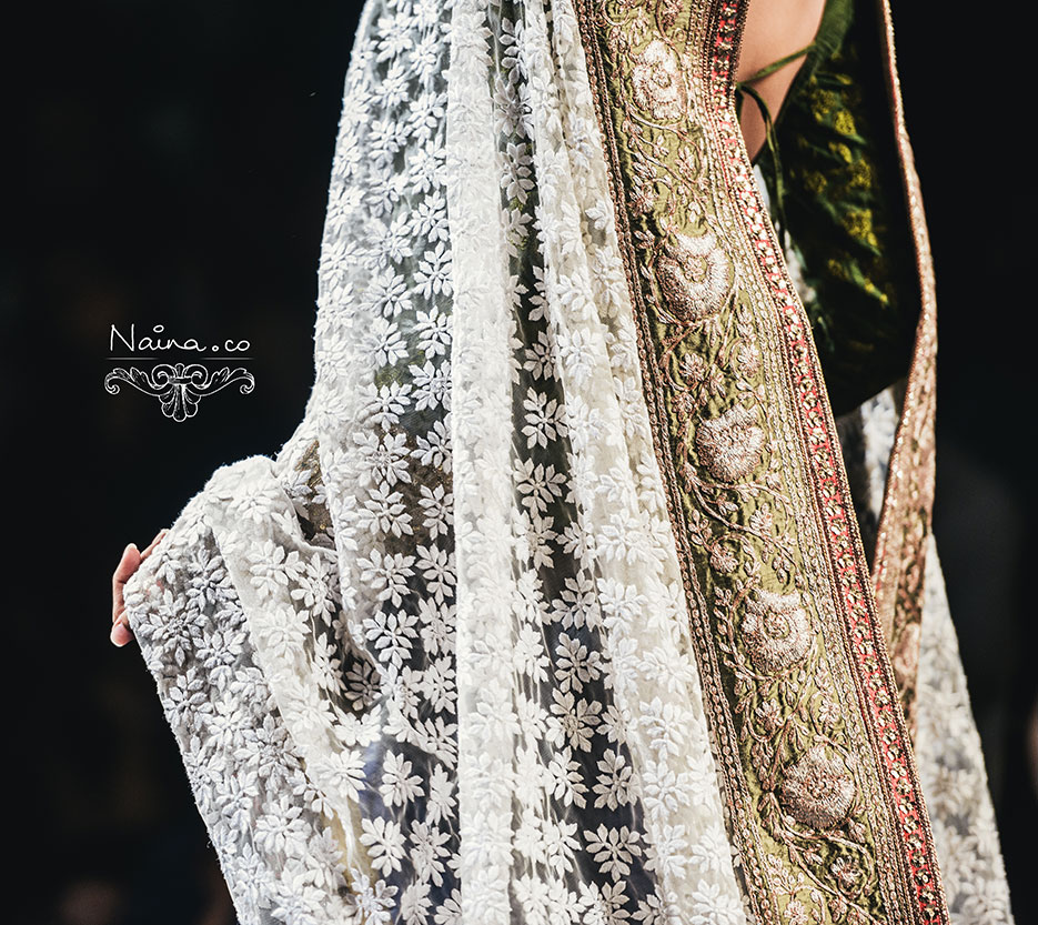 Wills Lifestyle India Fashion Week, Spring Summer 2013. Manish Malhotra by photographer Naina Redhu of Naina.co