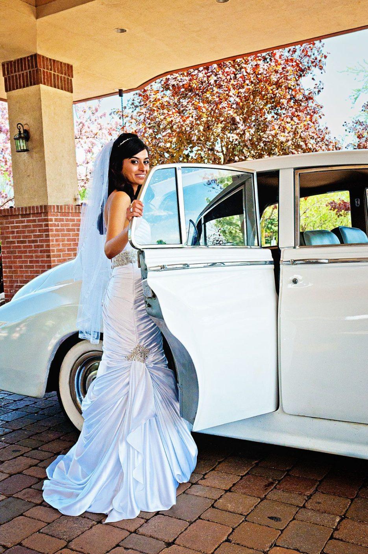 1952-Bentley-indian-canadian-wedding-photography-naina-03.jpg
