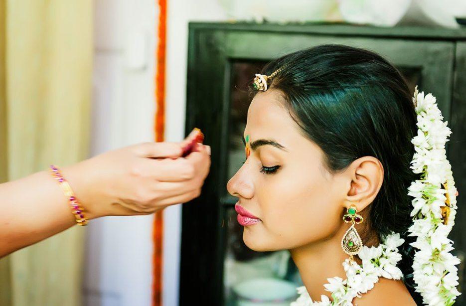 Anuradha-Mehendi-Pradhanam-Indian-Wedding-Photography-Knottytales-Naina-40.jpg