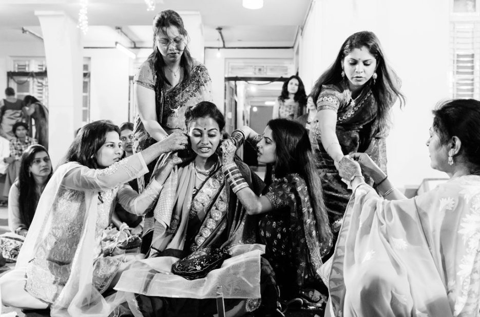 Anuradha-Vaibhav-Engagement-Indian-Wedding-Photography-Knottytales-Naina-23.jpg