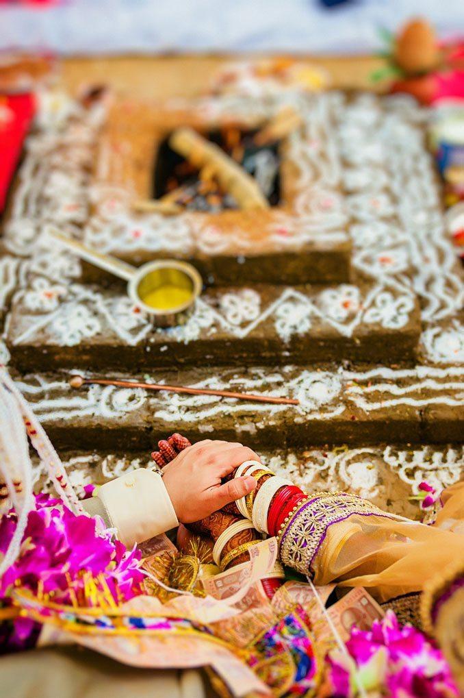 Anuradha-Vaibhav-Indian-Wedding-Photography-Knottytales-Naina-24.jpg