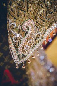 Tarun-Tahiliani-Bridal-Couture-Wedding-Wear-Fashion-Designer-Photographer-Naina-Knottytales-04.jpg