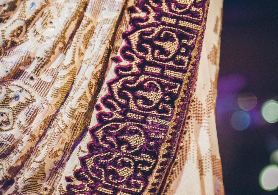 Tarun-Tahiliani-Bridal-Couture-Wedding-Wear-Fashion-Designer-Photographer-Naina-Knottytales-41.jpg
