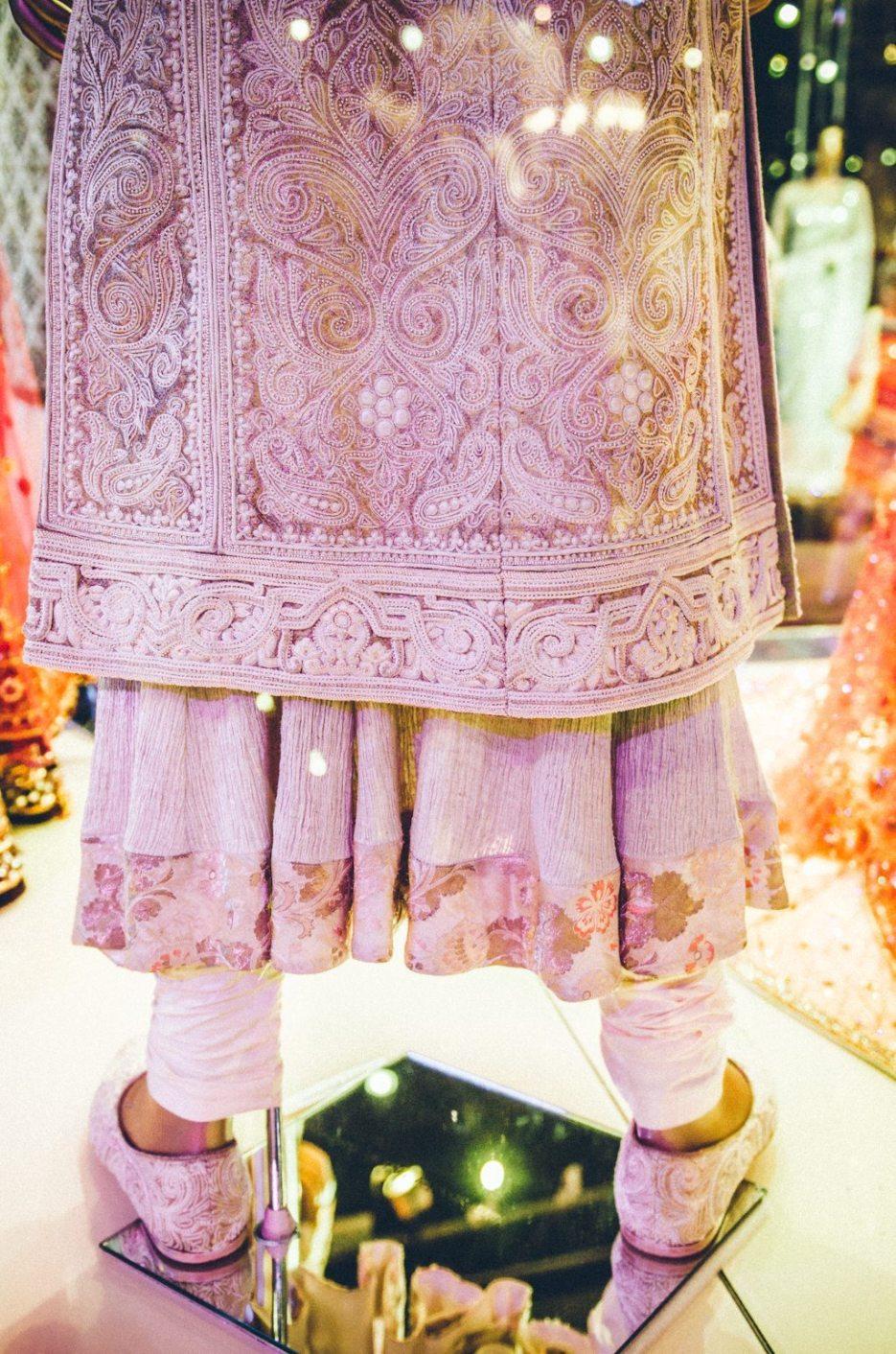 Tarun-Tahiliani-Bridal-Couture-Wedding-Wear-Fashion-Designer-Photographer-Naina-Knottytales-50.jpg