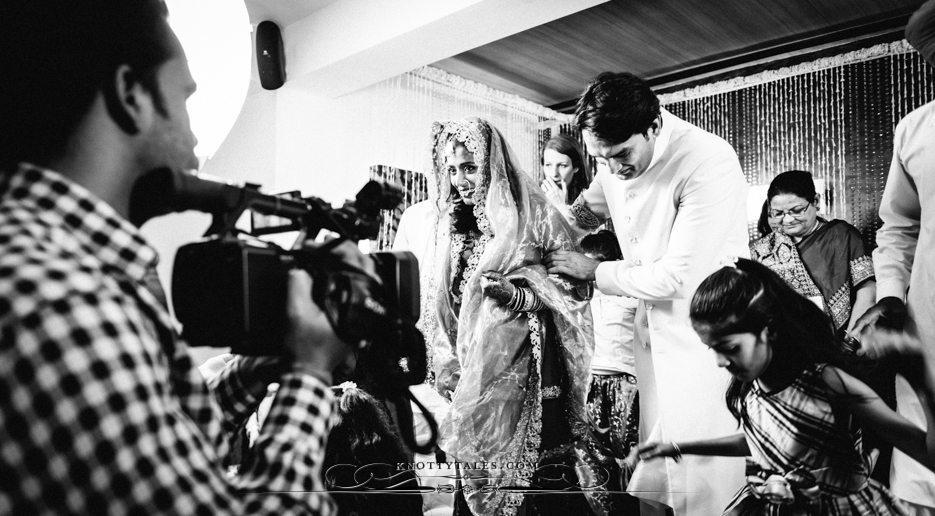 Jeevan Saify Wedding Knottytales Gurudwara Nikah Woods Resort DLF Phase I Gurgaon Sector 46 Photographer Naina