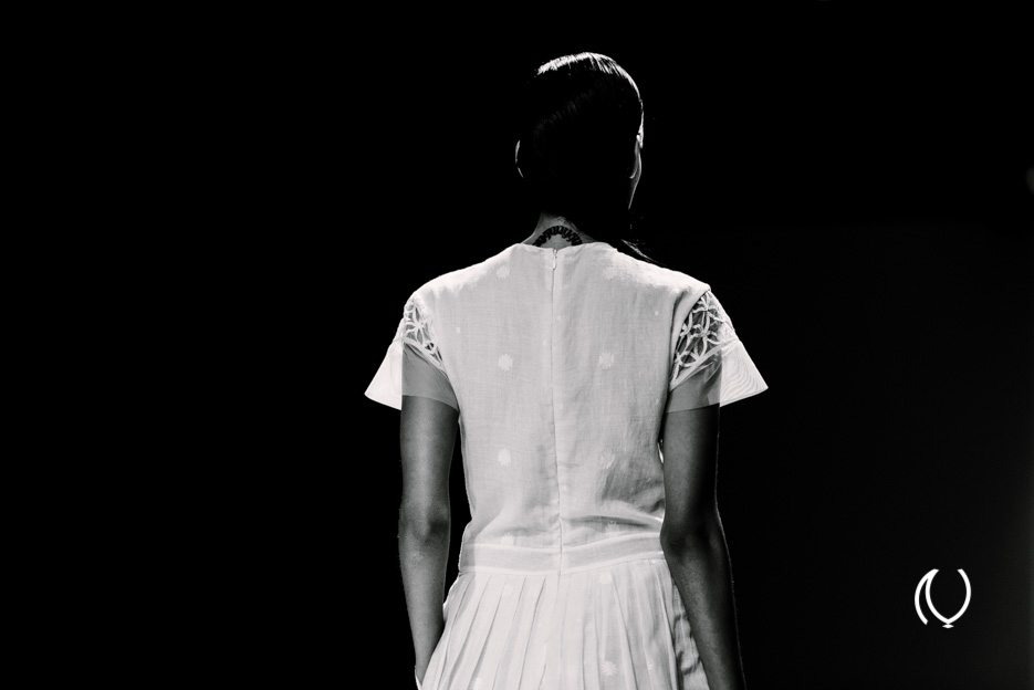 WIFWSS14-Naina.co-Rahul-Mishra-Wills-Lifestyle-India-Fashion-Week-Spring-Summer-2014-Raconteuse