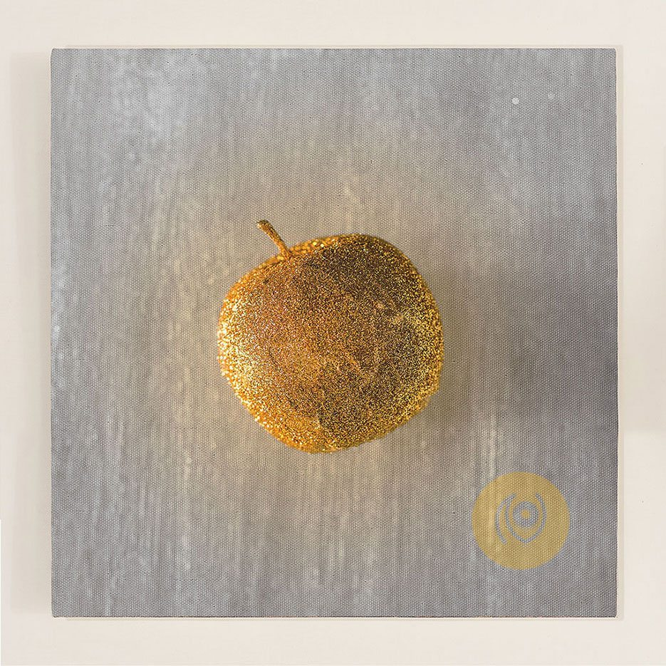 NainaCo-Luxury-Lifestyle-Photographer-Storyteller-Store-Canvas-Prints-Apple-Abstract-Gold-Golden-Square-01