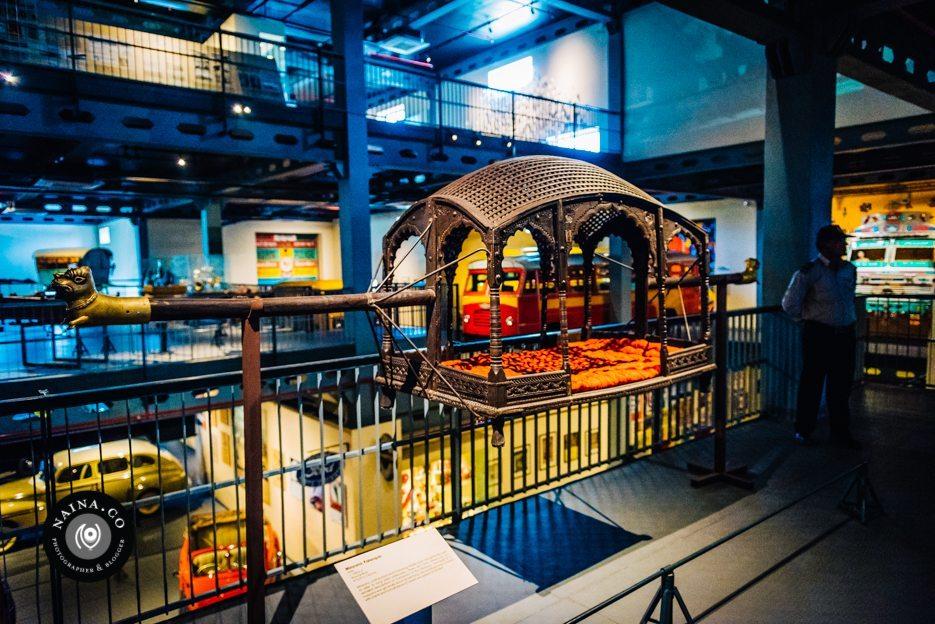 Naina.co-Raconteuse-Visuelle-Photographer-Blogger-Storyteller-Luxury-Lifestyle-March-2015-HeritageTransportMuseum-PalanquinHandles