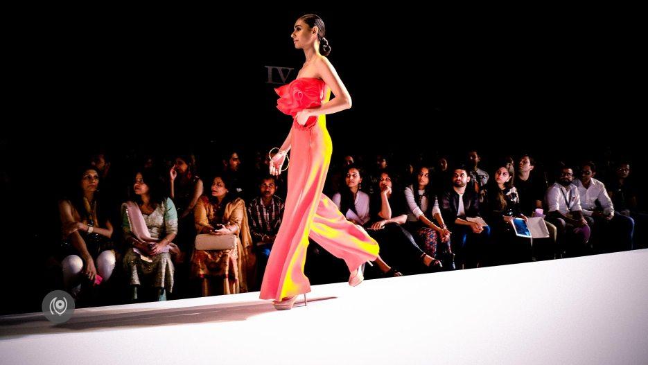 DollyJ, Amazon India Fashion Week Spring Summer 2016 #AIFWSS16 #EyesForFashion Naina.co Luxury & Lifestyle, Photographer Storyteller, Blogger
