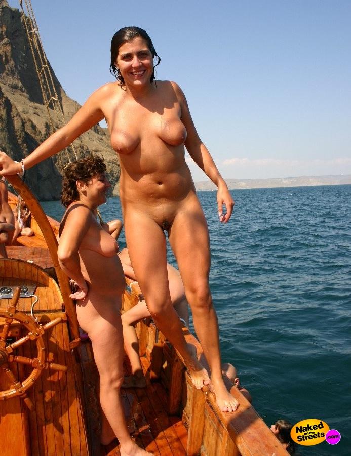 European naturist families
