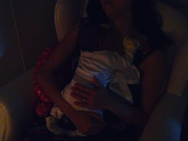 Dicas para tornar a madrugada mais suportável para as mães