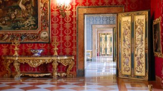 Le Stanze private della Regina aperte al pubblico al Palazzo Reale di Napoli