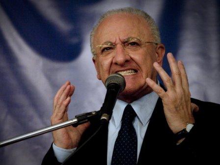 Vincenzo De Luca: la Procura di Salerno chiede rinvio a giudizio