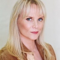 Jackie DeShannon to Receive Governor's Award For Lifetime Achievement at Kentucky Music Hall of Fame and Museum 2013 Induction Ceremony