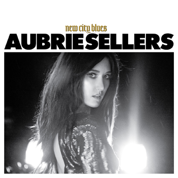 """Aubrie Sellers unveils official video for """"Sit Here And Cry"""" at CMT"""