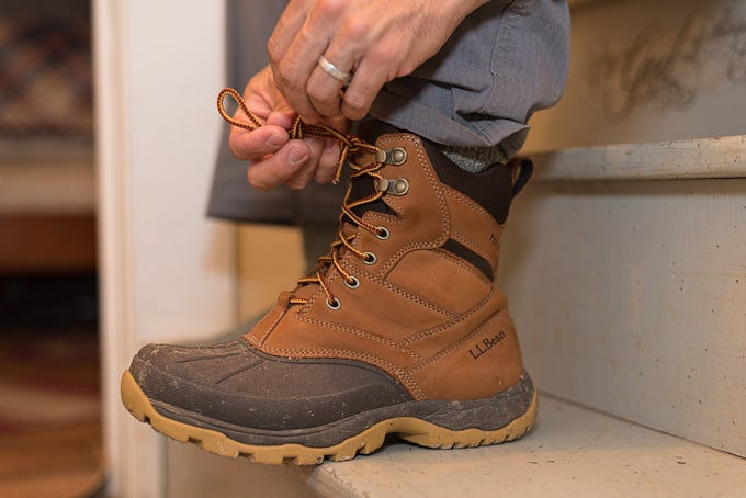 lacing-up-boots