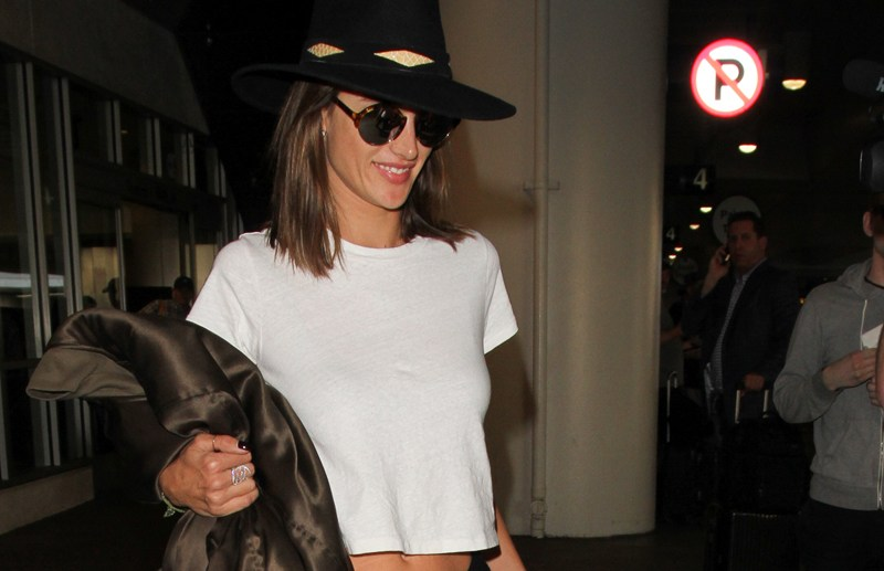 Alessandra Ambrosio is spotted at Los Angeles International Airport  Pictured: Alessandra Ambrosio Ref: SPL1212732  080216   Picture by: SkyFall /London Entertainment   Splash News and Pictures Los Angeles:	310-821-2666 New York:	212-619-2666 London:	870-934-2666 photodesk@splashnews.com
