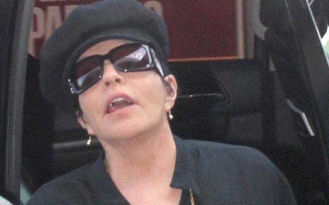 Liza Minnelli Dying F