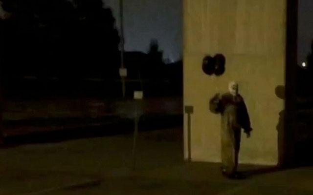 creepy clowns video south carolina