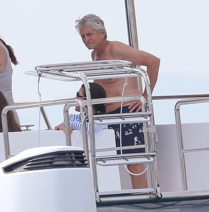 Exclusive… Premium: Catherine Zeta-Jones & Michael Douglas Enjoy Day Out On A Yacht***NO USE W/O PRIOR AGREEMENT – CALL FOR PRICING***