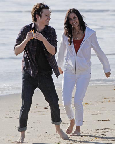 Courteney Cox and costar Dan Byrd
