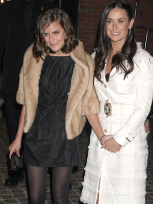 DEMI MOORE with her daughter TALLULAH BELLE WILLIS at a special screening for <i>Flawless</i>.