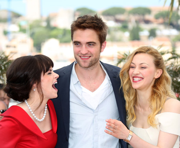Sarah Gadon, Robert Pattinson & Emily Hampshire