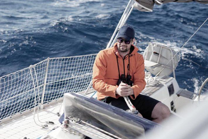 vacanze in barca a vela in autunno: da novembre a febbraio ecco come