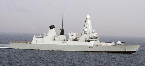 800px-120416-N-PK218-028_Royal_Navy_destroyer_HMS_Daring_(D_32)
