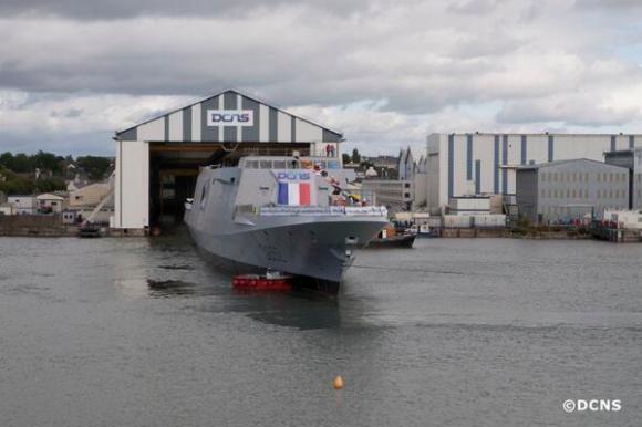 Lançamento da FREMM Provence - foto DCNS via Marinha Francesa