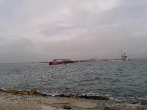 afundamento do Ochakov - foto via facepunch 2