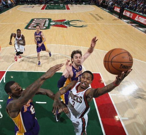 Bucks-Lakers