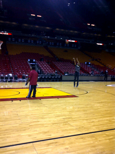 How hard did Kobe take that loss? He's practicing his jump shot on the court now