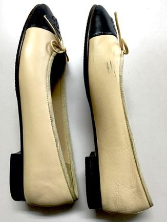 洗浄前の靴