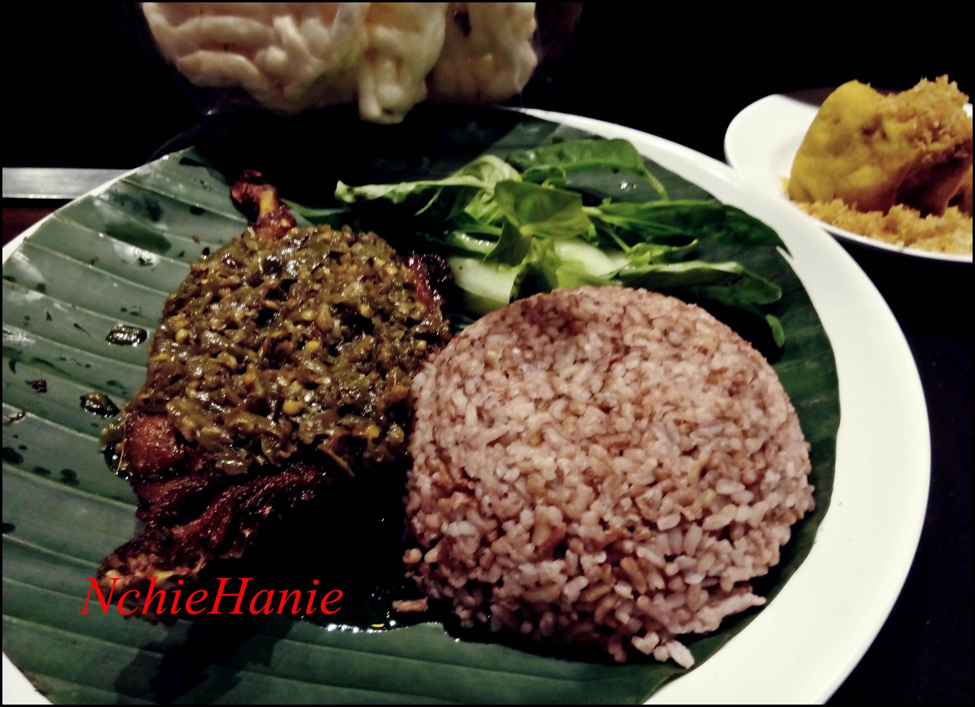 bebek cabe ijo bebek kaleyo kuliner bandung tempat makan enak