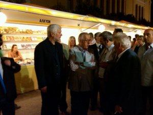 Ο Πέτρος Τατούλης στην έκθεση βιβλίου στο Ζάππειο