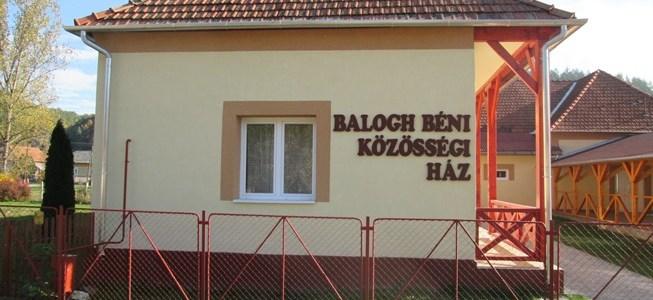 Könyvtárátadó Balogh Béni Emléknappal