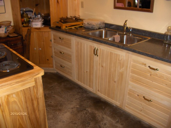 p 40 pine cabinets kitchen Kitchen cabinets crafted from white pine