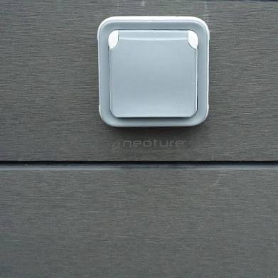 Instalacion tarima exterior madera f cil de mantener - Enchufes de exterior ...
