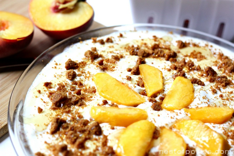 Peaches & Cream Ice Box Pie. Nice & cool and amazingly so easy! via ...