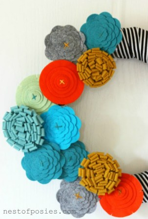Fall Flower Felt Wreath via Nest of Posies