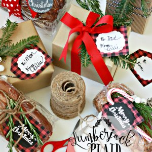 Christmas Gift Tags for baked goods and gifts in Lumberjack Plaid.