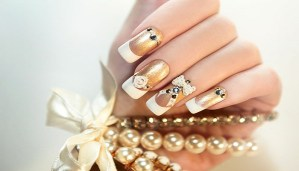Try these amazing yet easy nail arts that look attractive and are incredibly admirable!!!